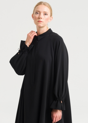 Tunic With Reglan Sleeve And a Crunch Of Hand