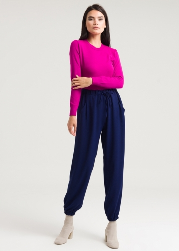 Comfortable Trousers With Ruched Trims