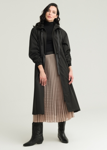 Detailed Trench Coat With Adjustable Collar And Waist