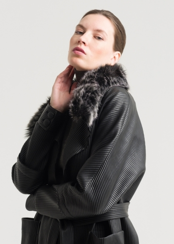 Leather Cap With Fur Collar