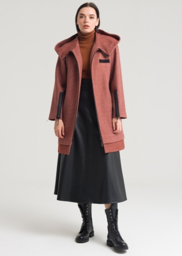 Coat With Zip And Hat Detailed