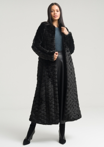 Long Fur Coat With Zero Collar