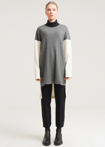 Knitwear With Low Sleeves And Fish collar