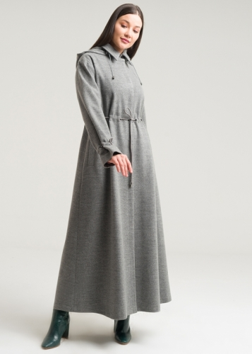 Manto With Hat And Sleeves Adjustable From The Waist