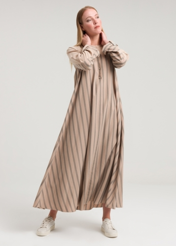 Comfortable Striped Dress With Folded Sleeves