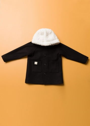 Unisex Kids Coat With Reglan Sleeves