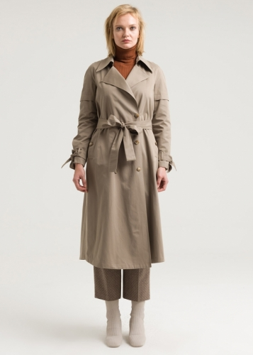 Trench cout with detailed sleeves and double buttons