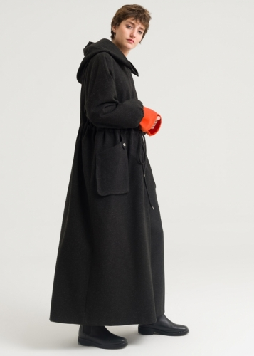 Detailed Pleated Coat