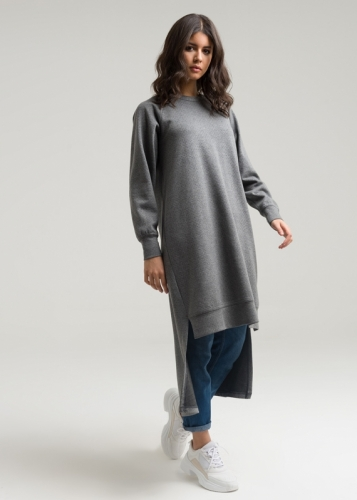 Tunic With Riklan Sleeves
